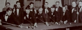 Willie with Erwin Rudolph, Ralph Greenleaf, Jimmy Caras, Andrew Ponzi and others at the 1933 World Championships.